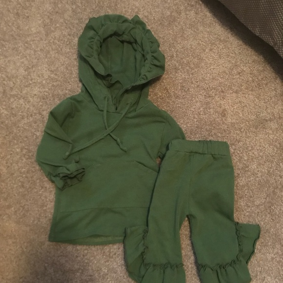 Other - 0-3 month jogger outfit